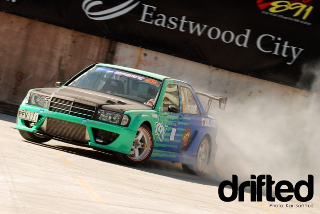 Mercedes-Benz 190E Atoy Llave - 2010 Lateral Drift Pro-Am Championship Round 1