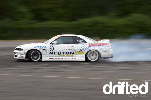 Ian taking the win at Donny