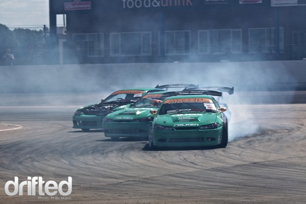 Team Green Falken triple drifting