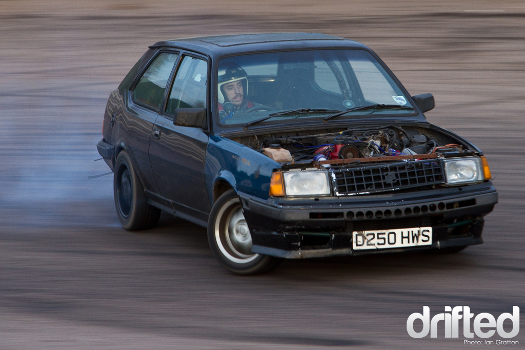 Oscar Gile's Volvo 360 really impressed. This car has the added punch of a
