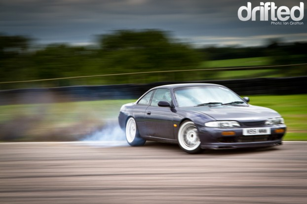 Drifting | Drifted - Dirt drop Drift Nissan S14 200sx Drifted
