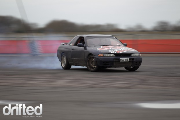 Lex drifting his Nissan R32 at Santa Pod