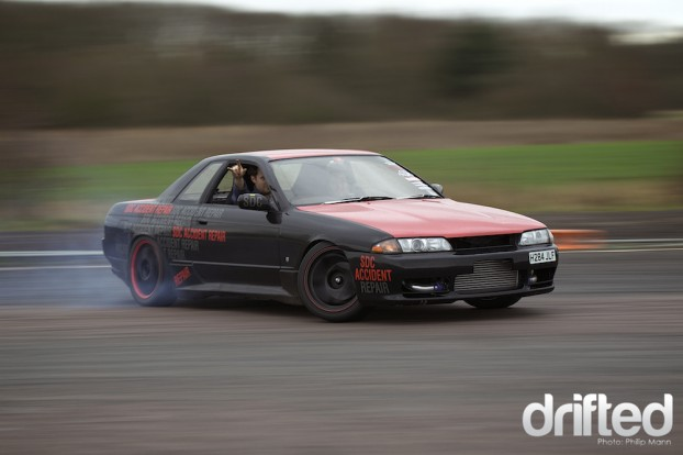 SDC Nissan Skyline R32 at Santa Pod