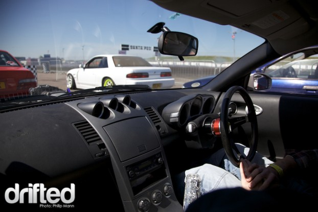 Inside Will's Supercharged 350Z at Santa Pod