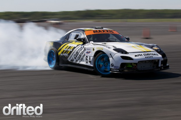 Matt House V8 RX7 at Santa pod