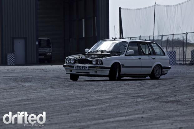 BMW estate drifting at Santa Pod DWYB