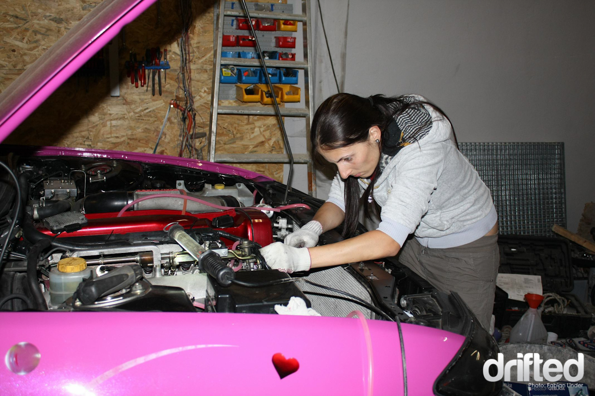 Tasha working on her Drift Kitty, a true female mechanic ;)