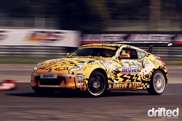 Another new car: Harry Müller presented his 370Z the first time on a copetition