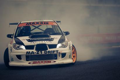 DESKTOP: Team Japspeed Subaru, Silverstone