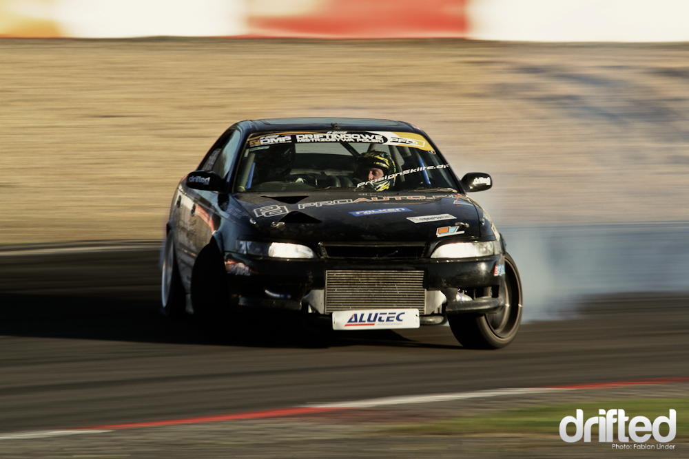 Niels Becker from the Proauto/Falken Driftteam pushed his Chaser on the edge