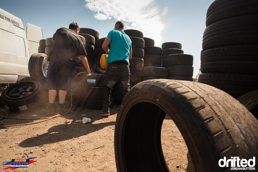 Tyre changing