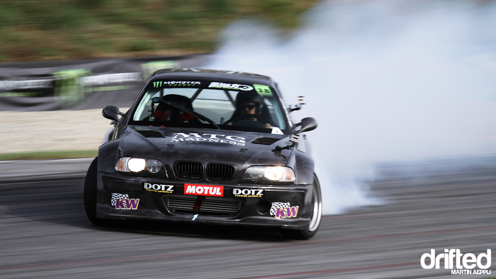 Cartu E46 sideways