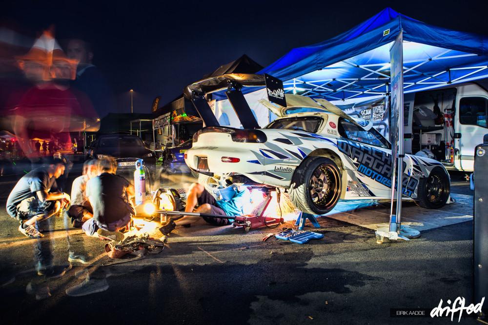 Waagaard working late at night to fix his car for Gatebil Rudskogen