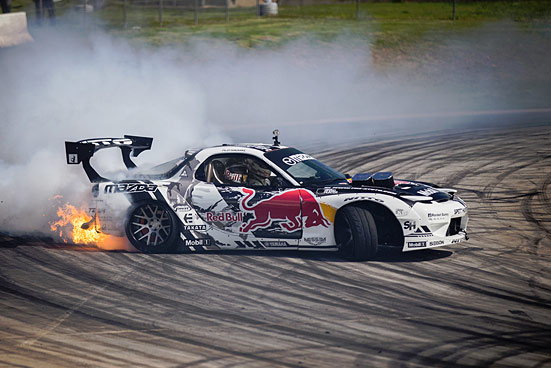 DRIFTING EVENT: Mad Mike RX7 in Rotorhead heaven