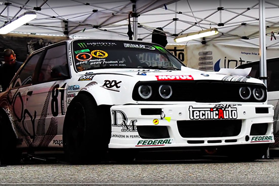 DRIFTING VIDEO: Fully Open BMW E30 Drift battle
