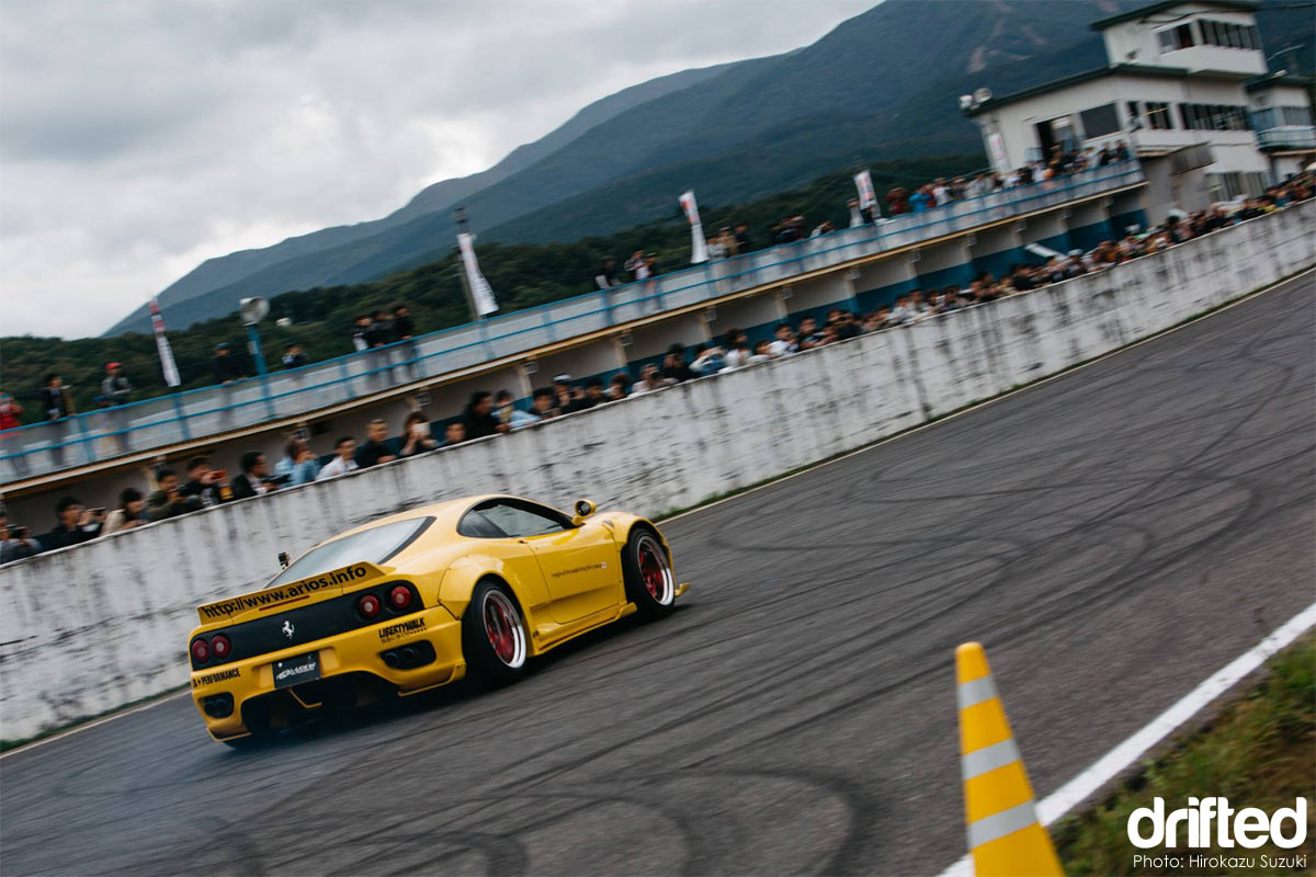 Arios X Liberty Walk Ferrari F360 Modena drift car drifting rear angle