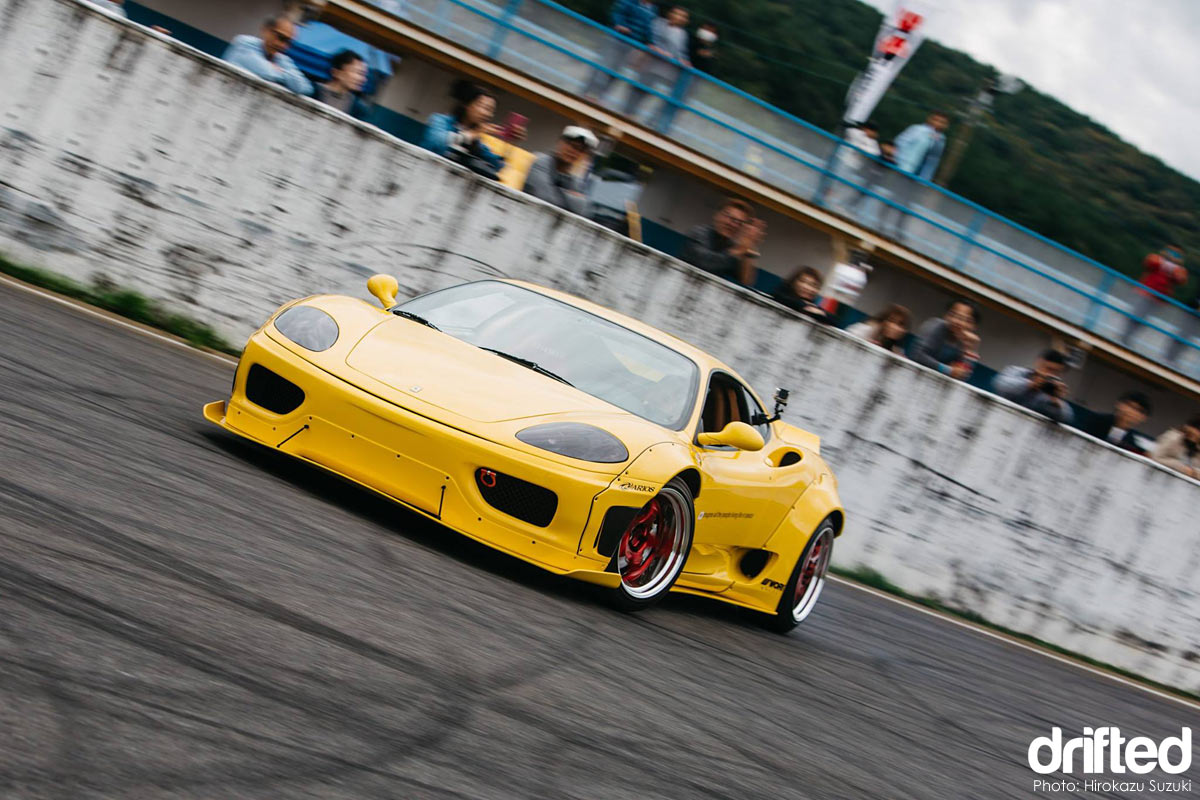 Arios X Liberty Walk Ferrari F360 Modena drift car sideways front