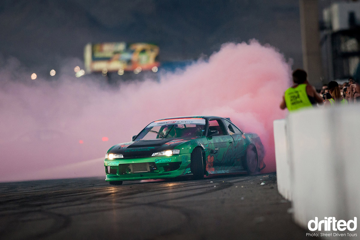 get nuts nissan s14 drifting