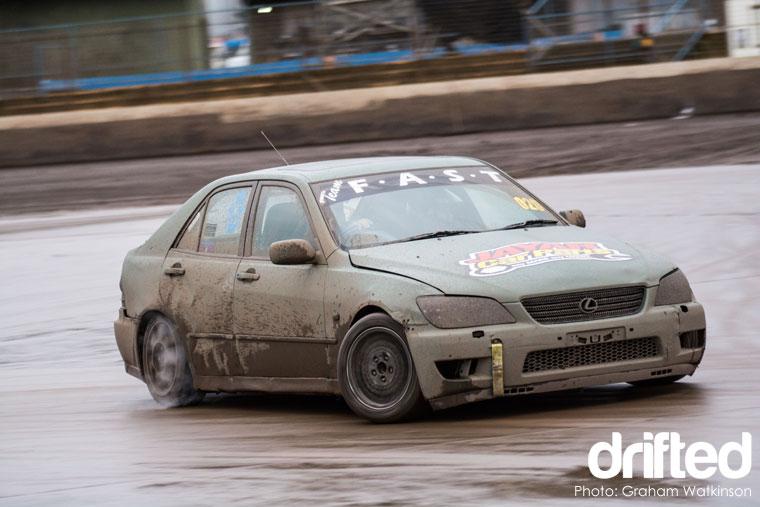 diemax-drift-challenge-lexus-4door-drift
