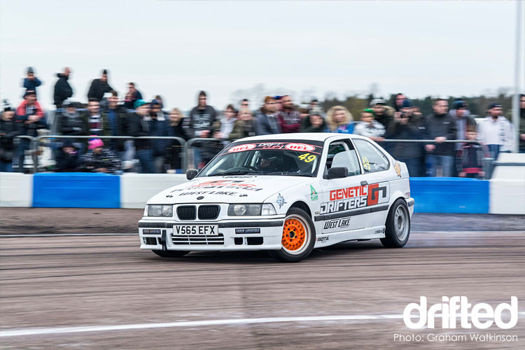 white-bmw-e36-hatch-drift-cup-round-1-2017