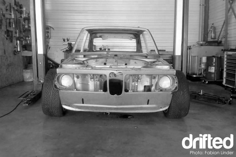 bmw 2002 no paint