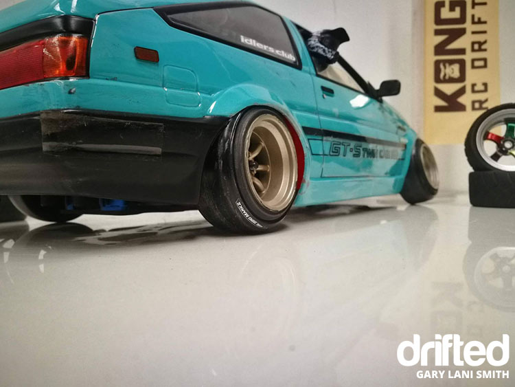 rc drift car ae86 rear wheel detail