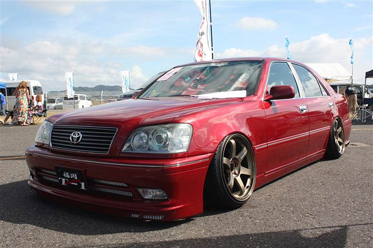 toyota crown volk te37
