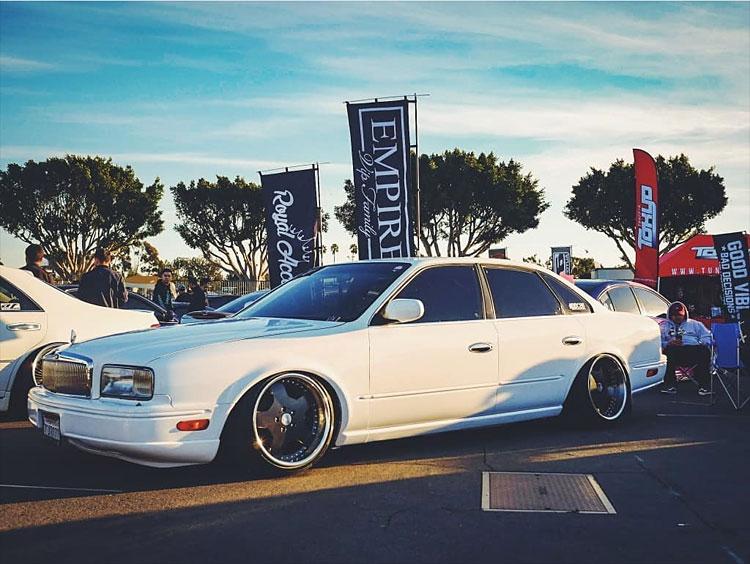 vh45de white vip car