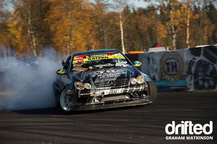 mercedes-drifting-front