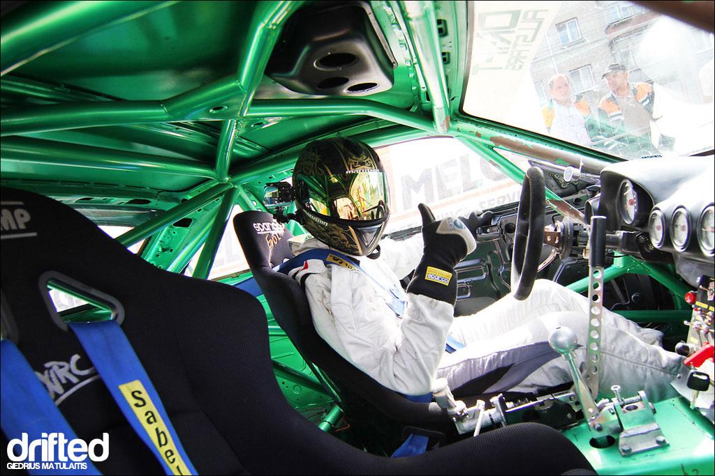 bucket seat racing driver