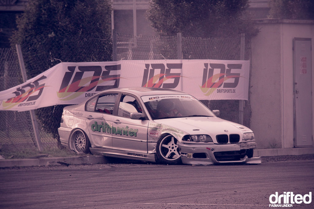 crashed bmw e36