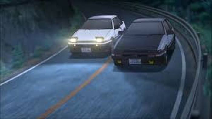 toyota ae86 corolla drift battle in initial d