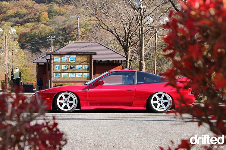 red 180sx 240sx slammed drift drifting drifted