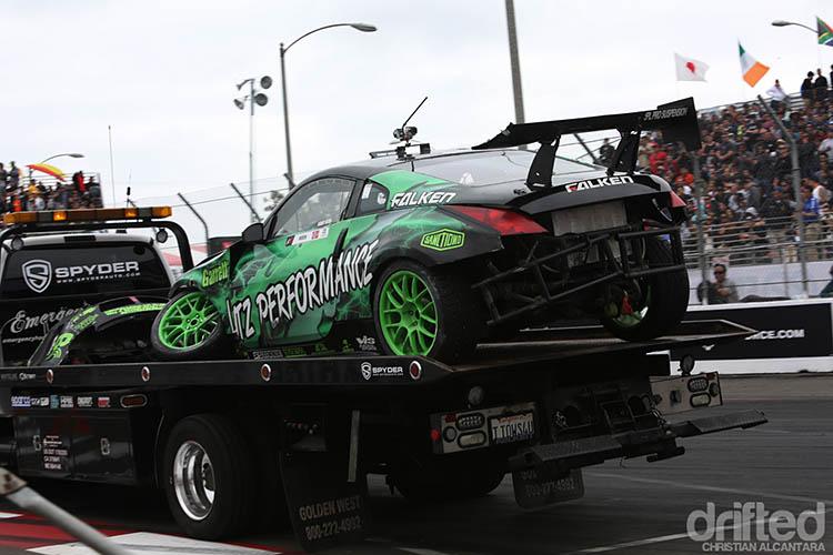 crashed formula drift 350z tow truck