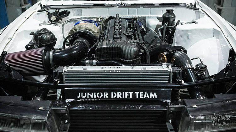 clean white drift 2jz silvia engine bay dressed