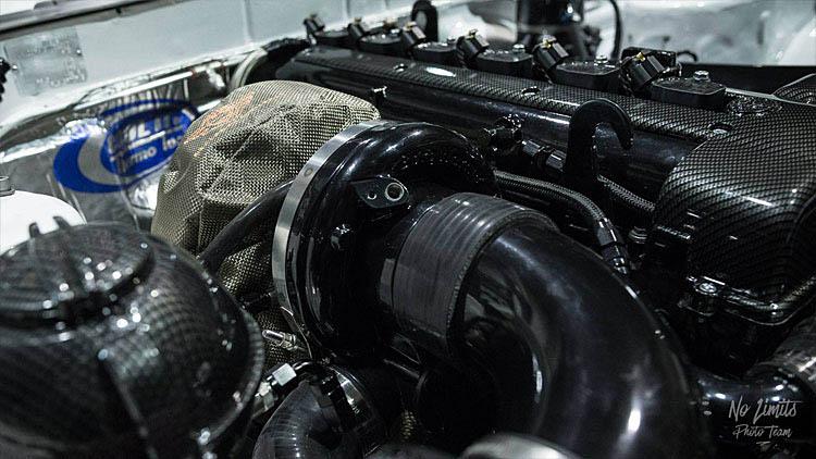 close up 2jz silvia turbo charger